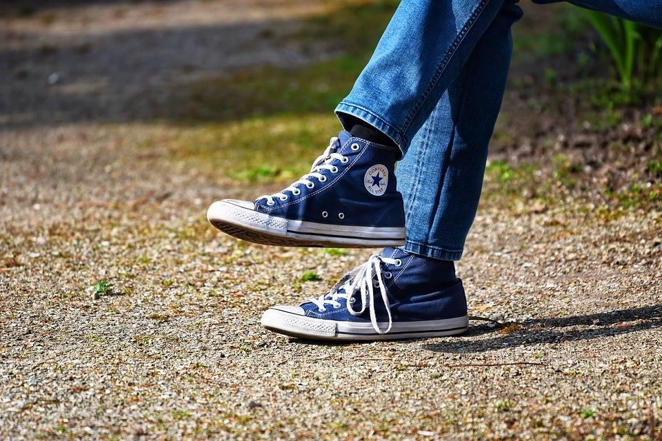 Jeans Come I Consigli Da Con Indossare Sneaker E Scarpe Ginnastica xZRqPFg